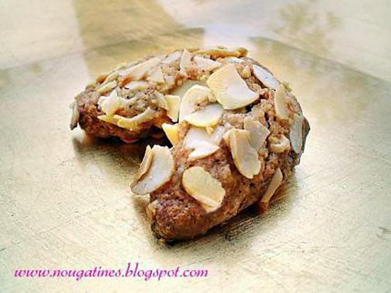 recette Bredele de Noel petits croissants  aux noix ,amandes et cannelle