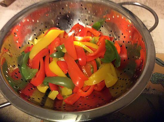 recette Lamelles de poivrons , l'huile d'olive,vinaigre.