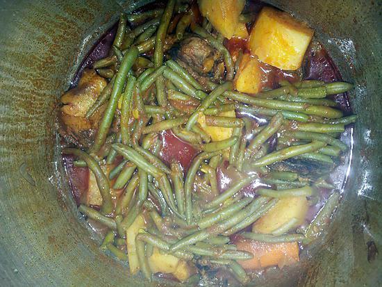 recette Margha ou ragout d'haricot vert et pommes de terres