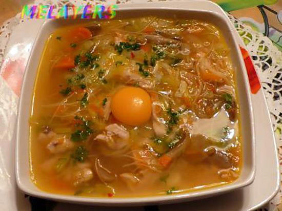 recette de soupe de poulet au girole et ses petits legumes et son vermicelle chinois. Black Bedroom Furniture Sets. Home Design Ideas
