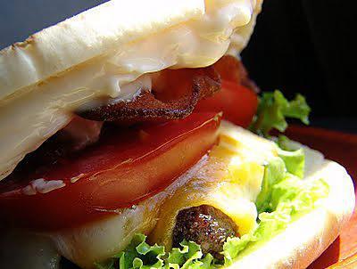 recette Hamburgers de boeuf au pesto et noix