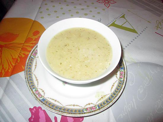 recette de soupe de c l ri rave d anettes 7024 par hanor. Black Bedroom Furniture Sets. Home Design Ideas