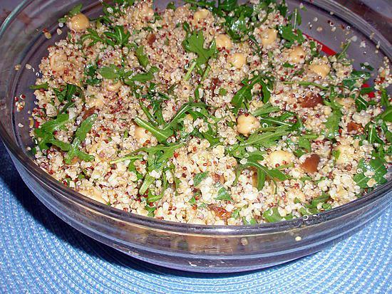 recette Taboulé de semoule et quinoa aux figues séchées ,pois chiche et roquette