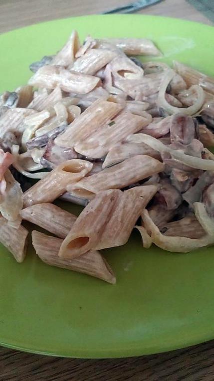 recette ~ Pâtes façon carbonara : bacon, boursin et champignons ~