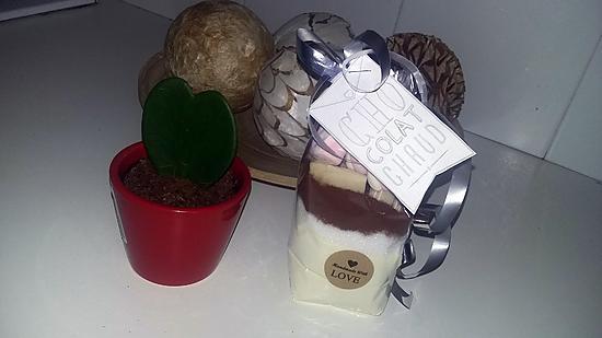 recette de chocolat chaud au chocolat blanc a offrir. Black Bedroom Furniture Sets. Home Design Ideas