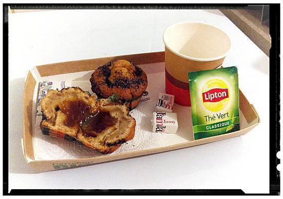 recette muffins aux morceaux de pêche-graines de pavot fourrés confiture abricot