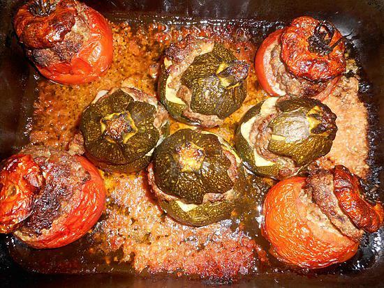 Recette de Tomates et courgettes rondes farcies au veau