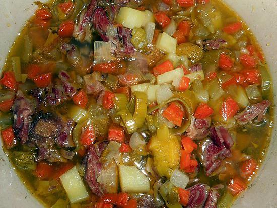 recette Soupe de légumes,jarret de porc 1/2 sel
