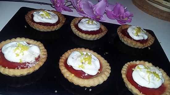 recette Minis tartelettes au fraise curd et sa chantilly au mascarpone citroné