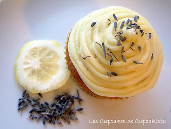 recette Cupcakes 'Lemon & Lavender Flowers' - Citron & Fleurs de Lavande