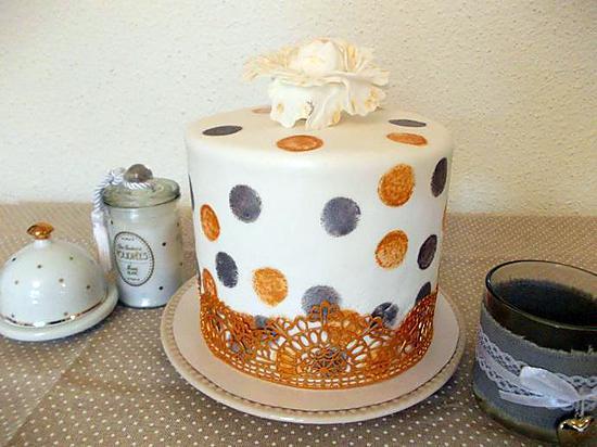 recette Layer cake or argent pomme cannelle caramel au beurre salé