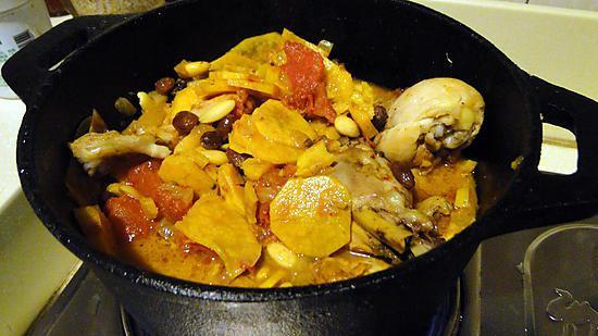 Recette de tajine de poulet aux patates douces - Recette poulet patate douce ...