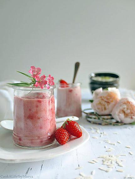 recette Phirni aux fraises, dessert indien au riz (option vegan et sans lactose)