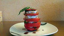 recette Millefeuille Tomate - Chèvre -Plantes aromatiques ( Basilic-Menthe-Origan)