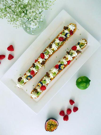recette Eclairs géants vanille fruits acidulés
