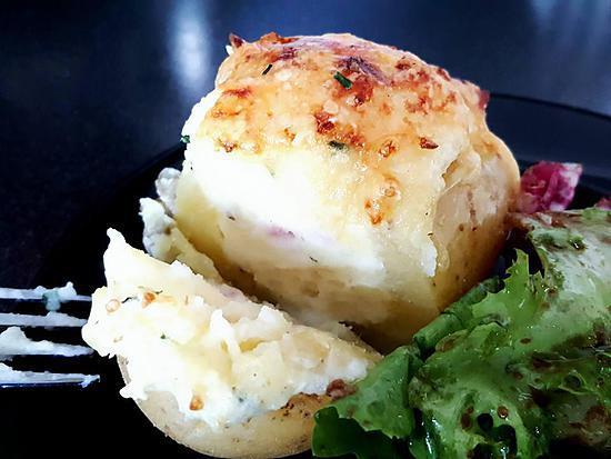 recette de pommes de terre farcies par choupette two. Black Bedroom Furniture Sets. Home Design Ideas