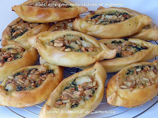 recette Pide aux épinards chèvre et pignons