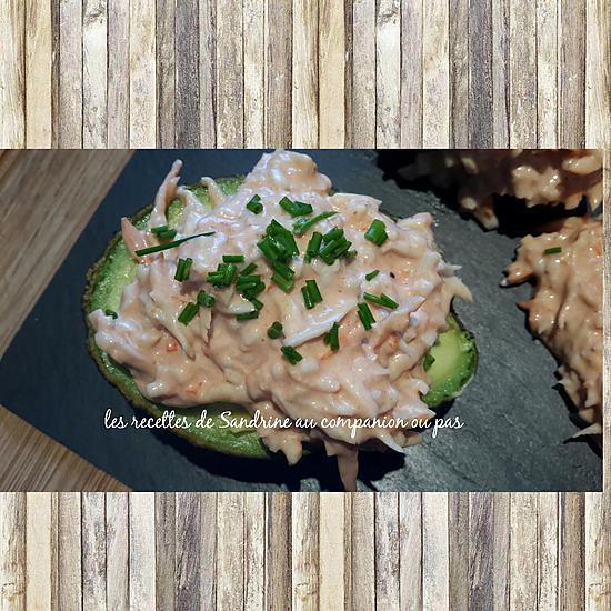 recette Avocat aux miettes de crabe et sa sauce cocktail
