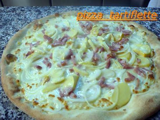 Recette de pizza tartiflette par melayers - Recettes rapides 10 a 15 minutes maxi ...