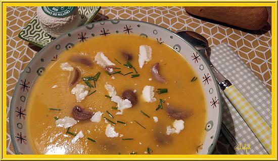 recette Velouté de courge Butternut accompagné de châtaignes et Chavignol