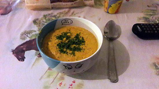 recette de soupe carotte curry kiri. Black Bedroom Furniture Sets. Home Design Ideas