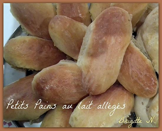 recette de petits pains au lait par brigitte n. Black Bedroom Furniture Sets. Home Design Ideas