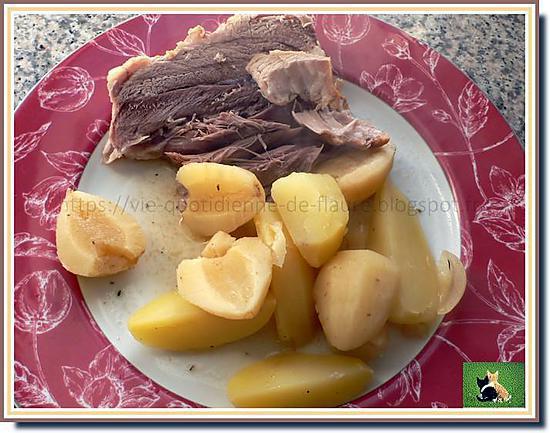 recette Palette de porc confite aux épices, entourée de légumes