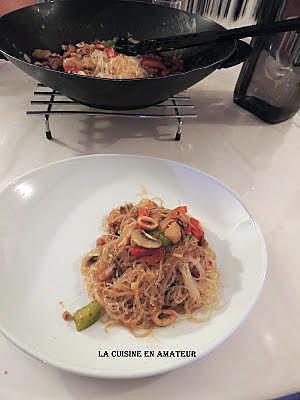 recette Vermicelles de soja aux légumes sautés et calamars