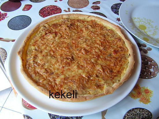 recette de tarte au thon et la tomate par kekeli. Black Bedroom Furniture Sets. Home Design Ideas