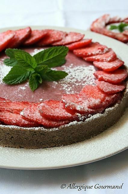 recette Tarte aux fraises avec son curd de fraises, Bio, sans gluten, sans lait et sans oeufs