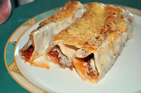 recette Cannelloni à la viande hachée sauce béchamel