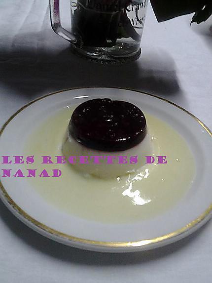 recette Panna cotta à la cerise sur crème anglaise