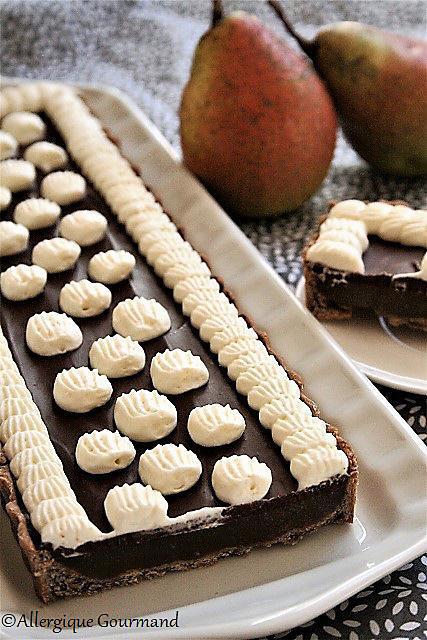 recette Tarte à la gelée de poires, chocolat, chantilly, bio {sans gluten / sans oeufs / sans lait / végétalien}