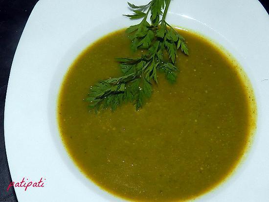 recette Potage aux fanes de carottes-carottes et courgette