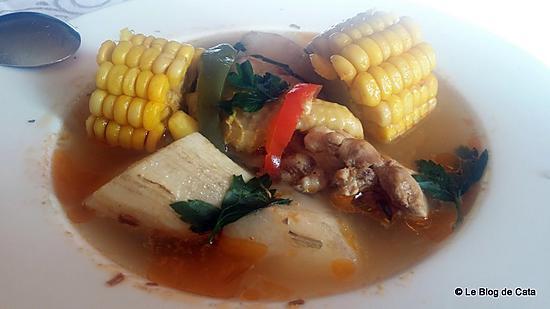 recette Le Sancocho  - Soupe au poulet, maïs et igname (plat national de Panama)