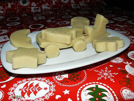 recette Petit chariot tiré par un poney et toutes ses petites formes, le tout en massepain maison