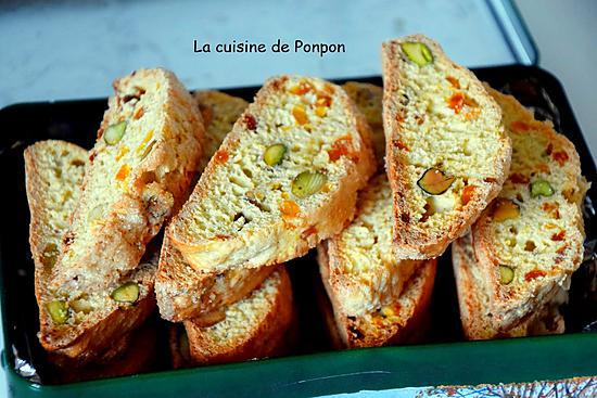 recette Biscotti aux pistaches et pépites d'abricots