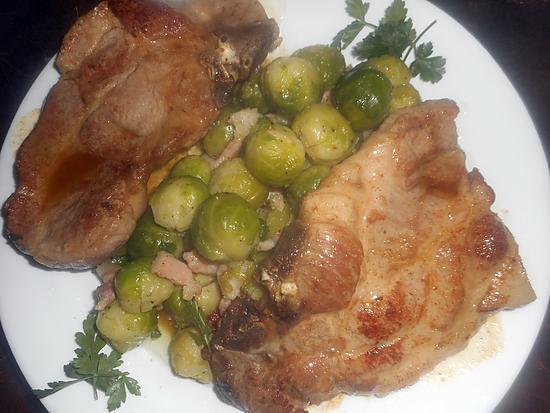 recette Cotes de porc échines aux choux de bruxelles