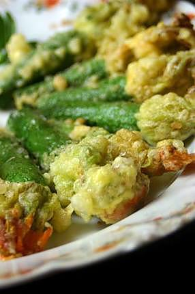 recette de tempura de fleurs de courgettes. Black Bedroom Furniture Sets. Home Design Ideas