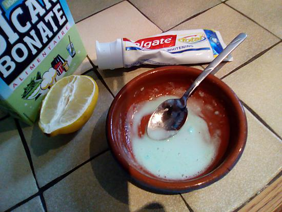 recette Petite astuce pour blanchir les dents