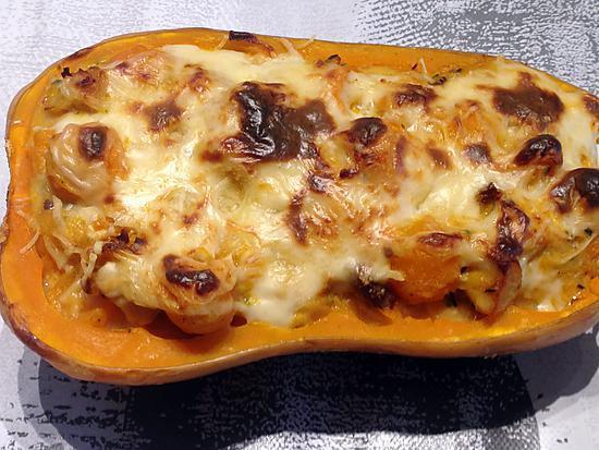 recette Courge butternut farcie au poulet, tomates séchées et sauce curry (thermomix ou pas)