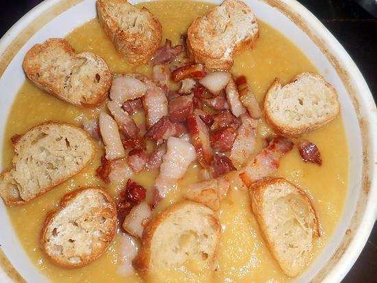 recette Soupe de légumes aux lardons et croutons