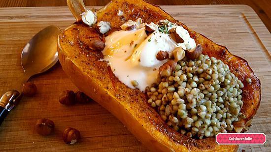 recette Courge butternut farcie au sarrasin, guaram massala et sirop d'érable. ..