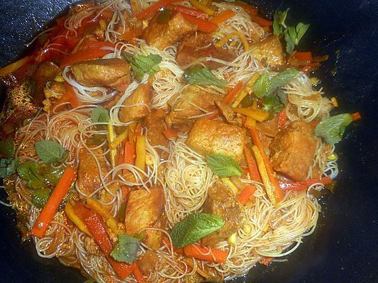 recette Porc épicé aux vermicelles de riz