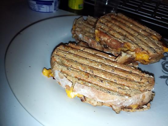 recette Sandwich panini au poulet fromage