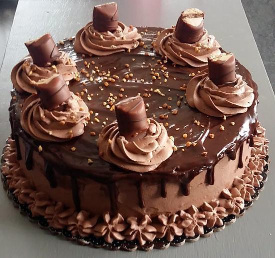 Recette De Layer Cake Kinder Bueno Par La Cuisine De Fanie