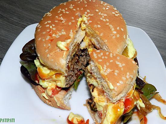 Hamburger maison aux 9 sauces