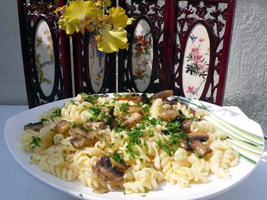 recette de pate au beurre d 39 escargot et ses champignons. Black Bedroom Furniture Sets. Home Design Ideas