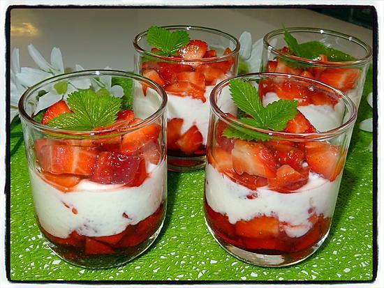 recette Verrines aux fraises et fromage blanc