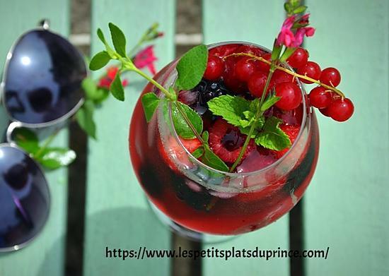 recette Mocktail aux fruits rouges, le cocktail tendance sans alcool